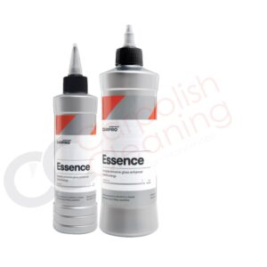 zwei Flaschen Essence von Carpro als Grössenvergleich nebeneinander aufgereit