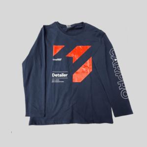 dunkelblaues Langarmshirt von Carpro mit Aufschrift Detailer